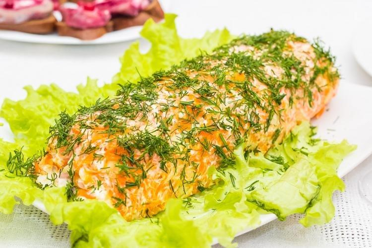 Салат рецепт пошагово с курицей копченой