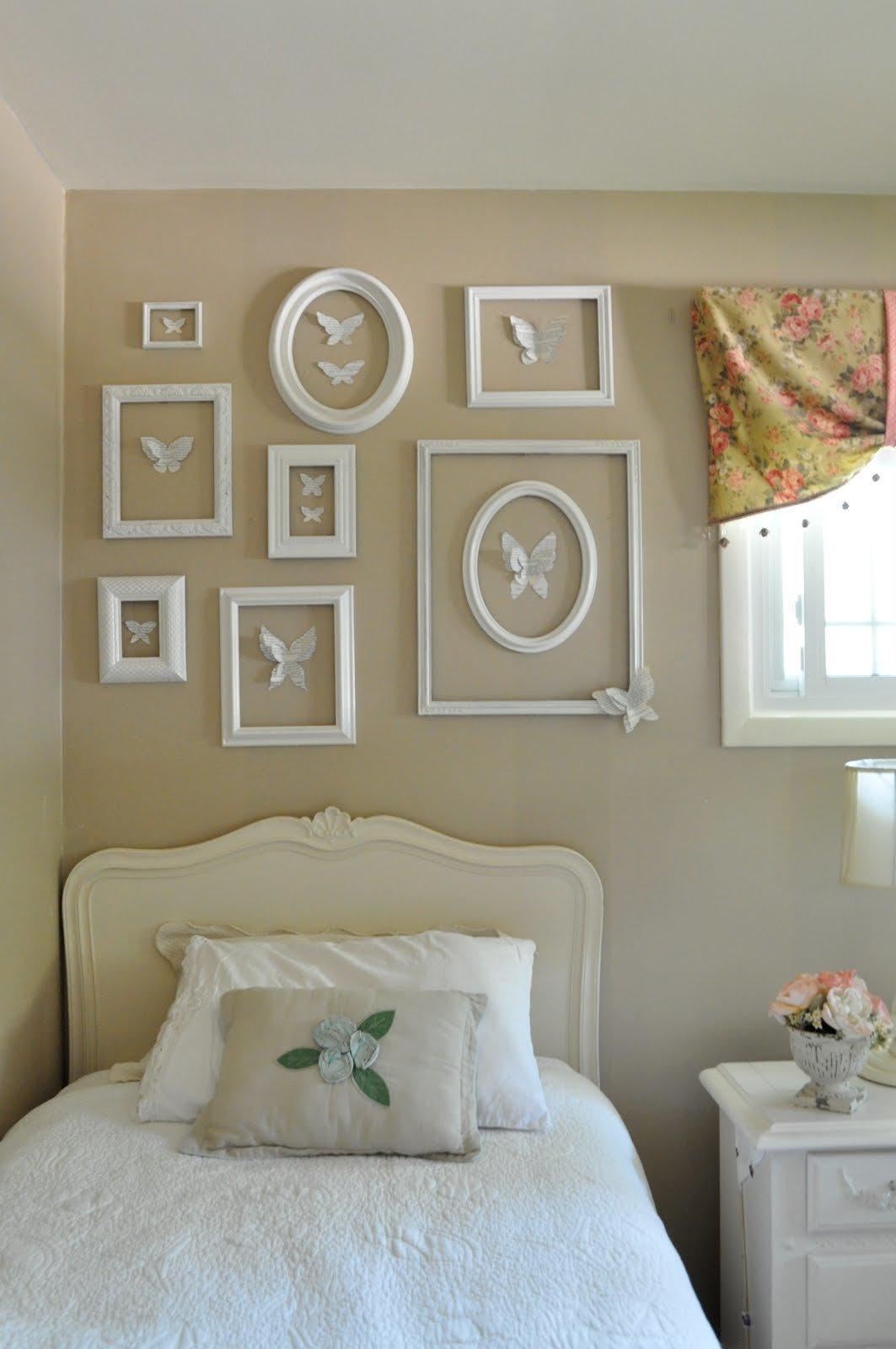 Как украсить стену в спальне своими руками фото 82