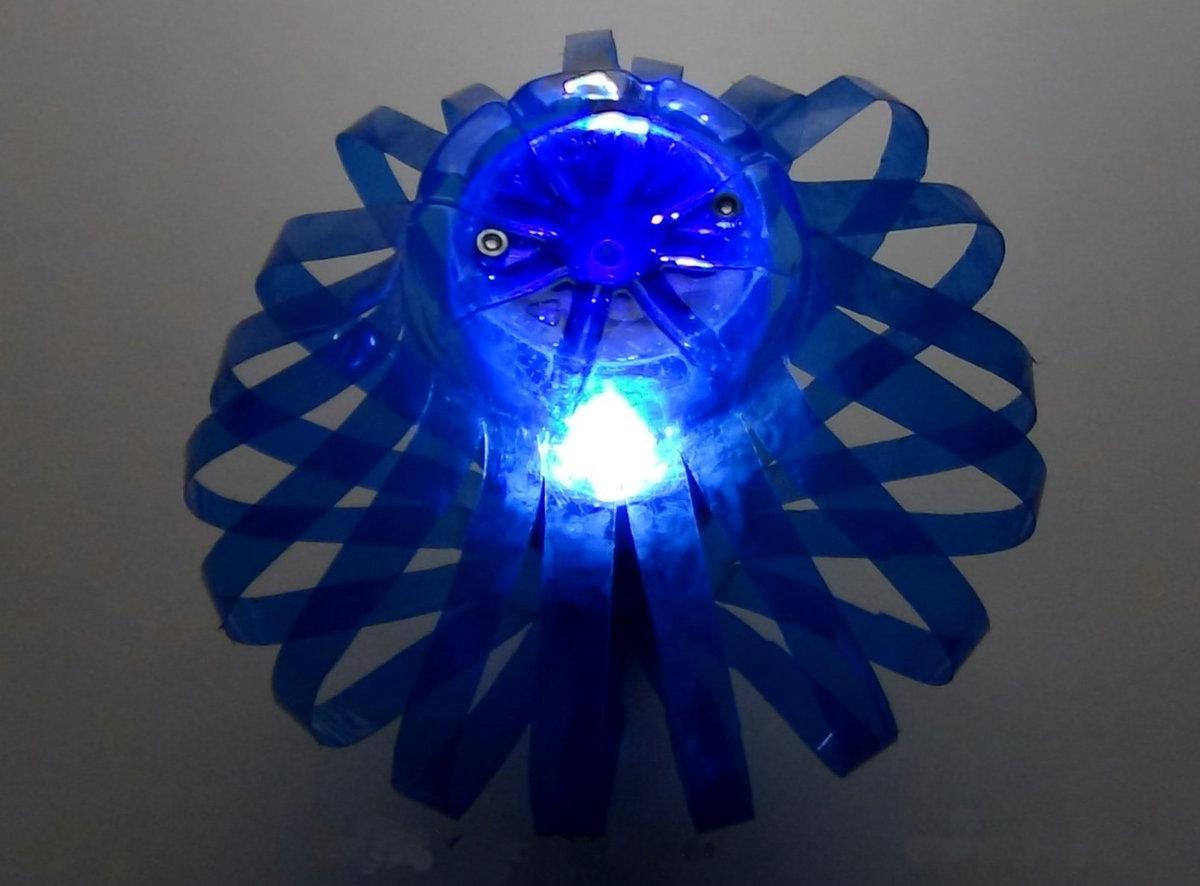 Настольный светильник своими руками из подручных материалов 41
