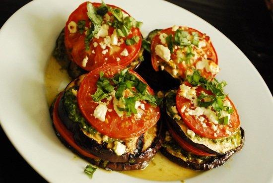Баклажаны с помидорами чесноком с фото