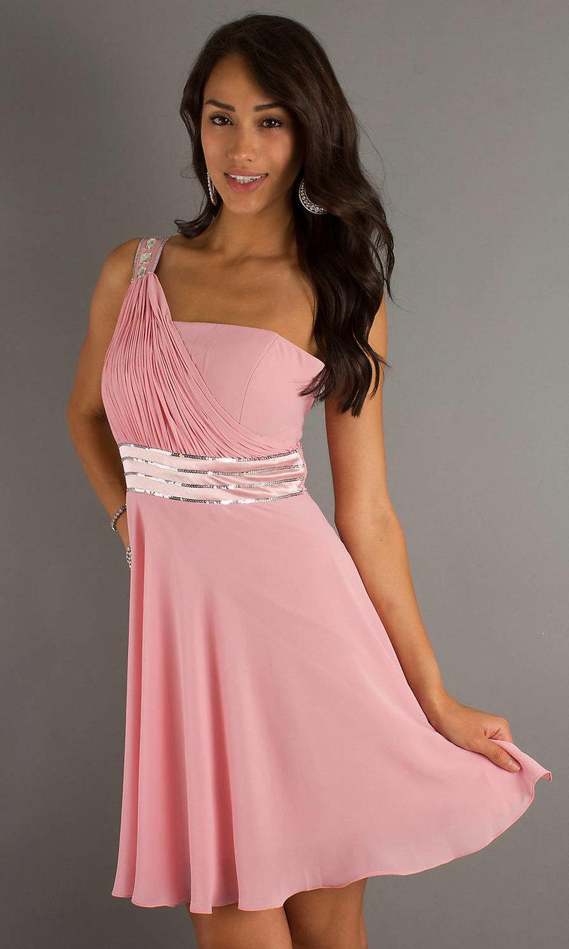 Платье на свадьбу для гостя девушки