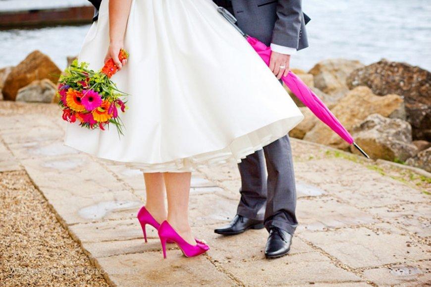 Платье и туфли на свадьбу
