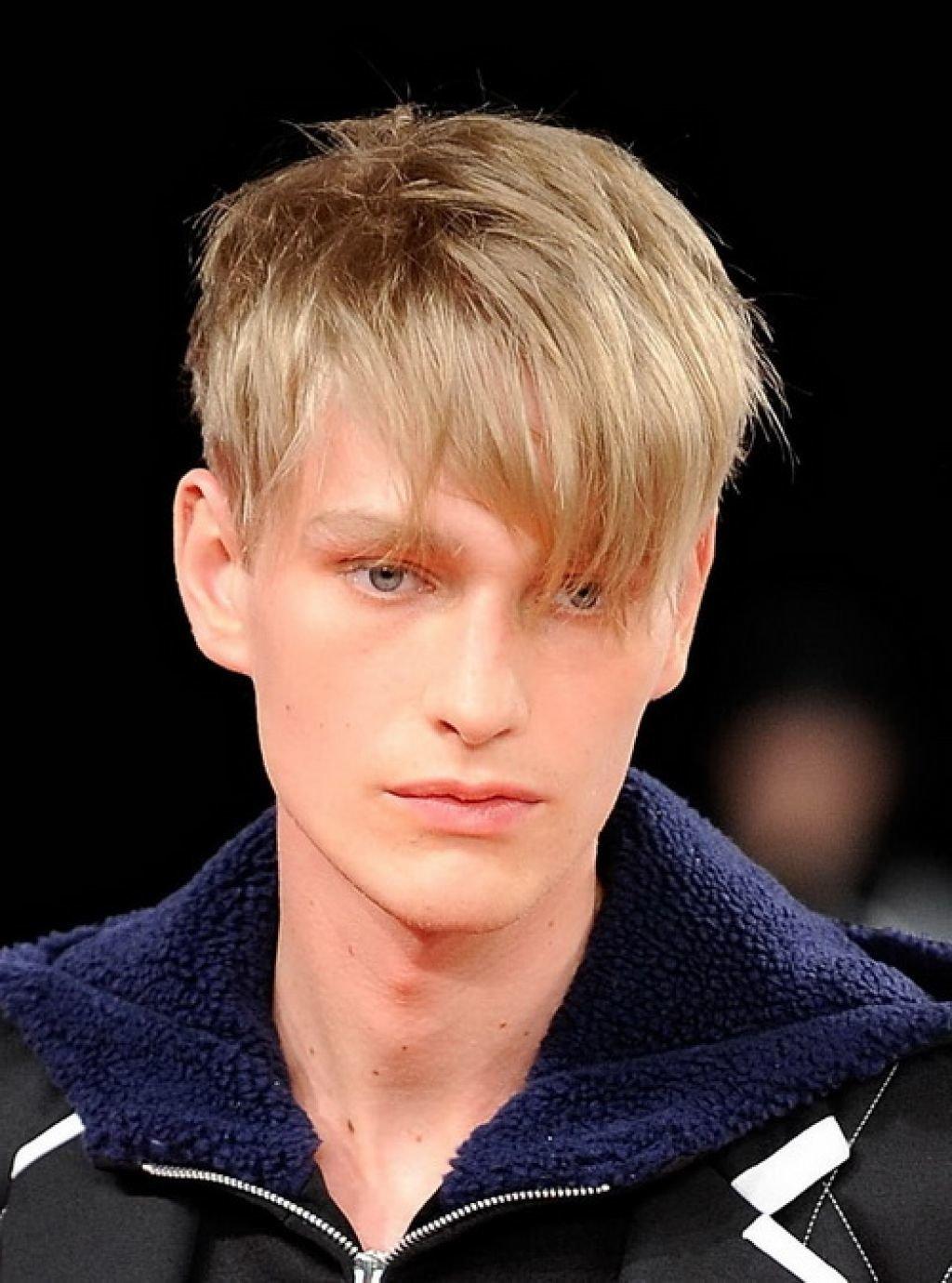 Модные мужские причёски с длинной челкой