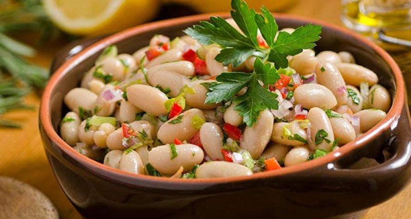Рецепт салата из фасоли и овощей на зиму