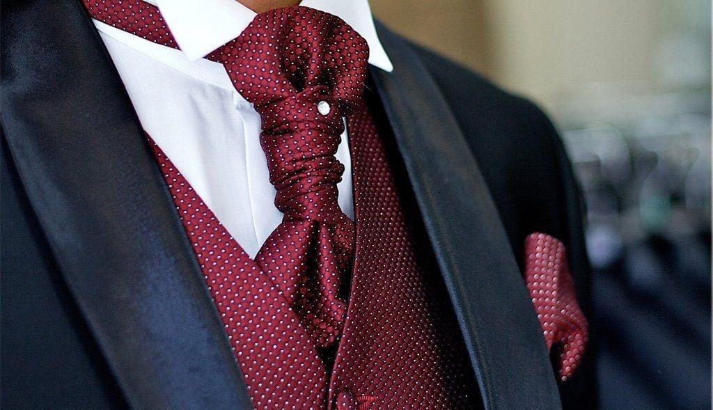 Что одевают на галстук 32