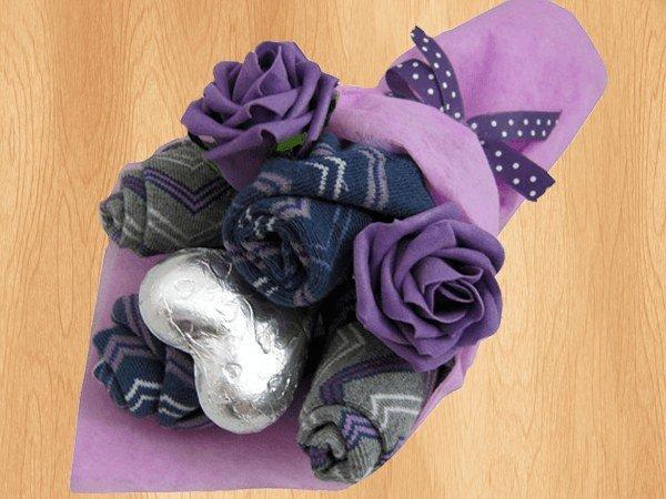 Подарок из мужских носков своими руками мастер класс 67