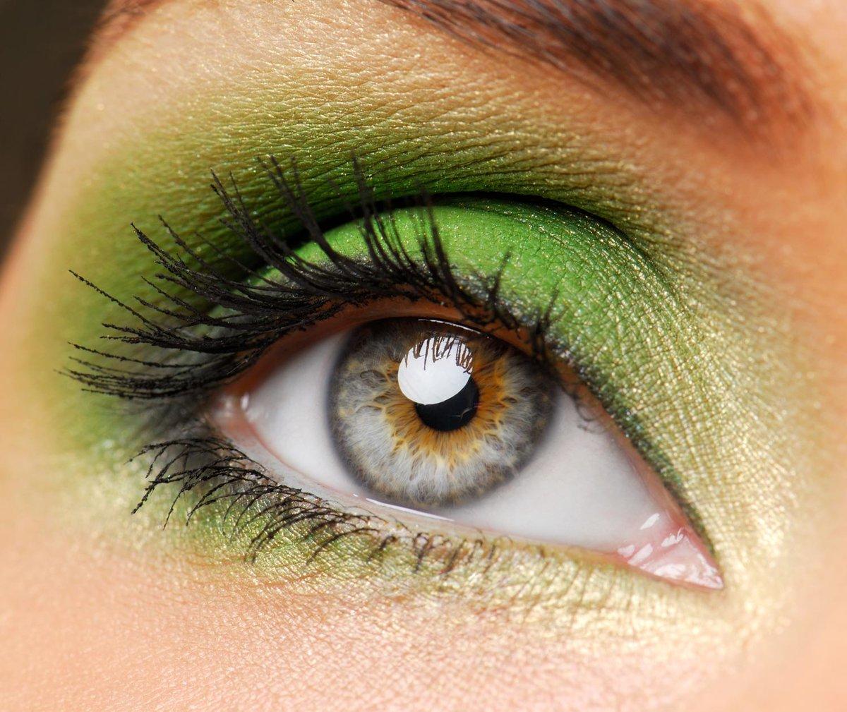 Дневной макияж для зеленых глаз и серо-зеленых7