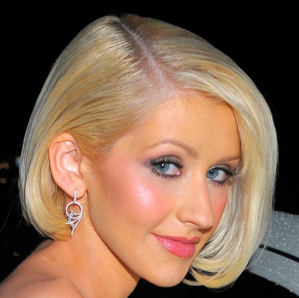 Прически на короткие волосы без челки фото 2014