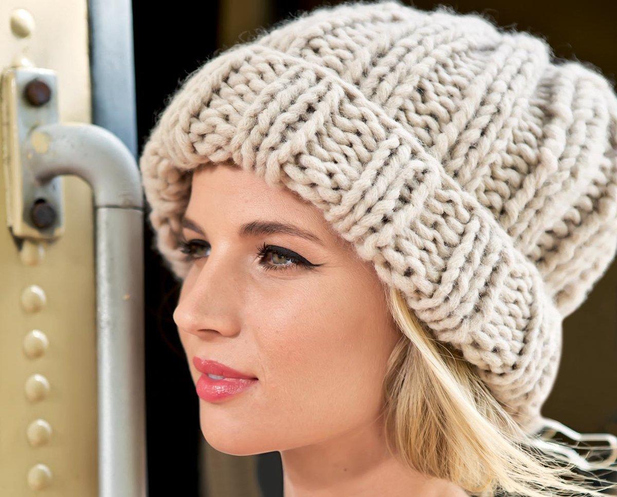 Вязание крупными спицами шапка 191
