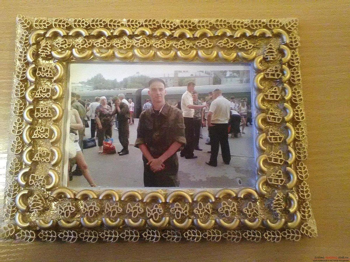 Фоторамка из макарон своими руками фото