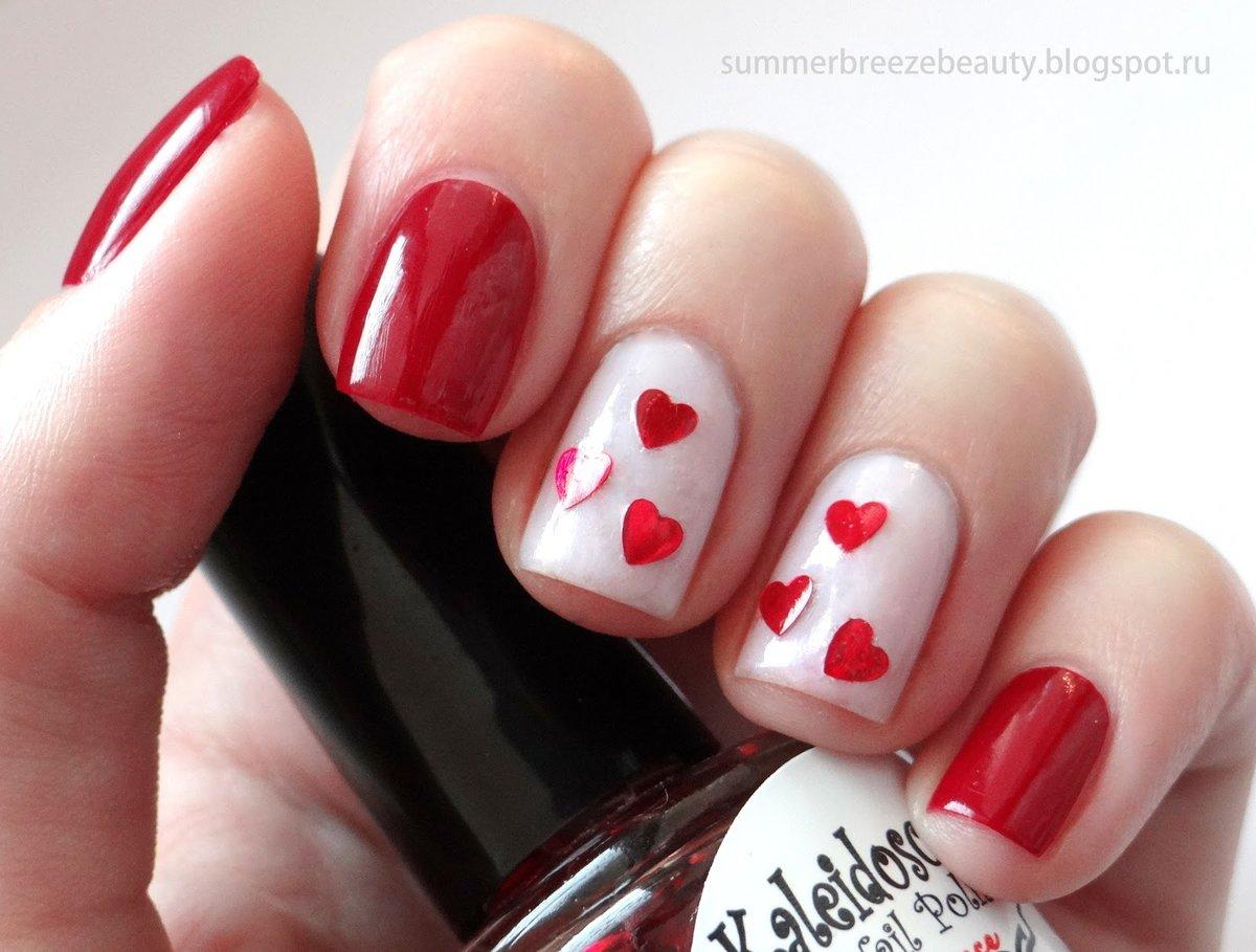 Маникюр на короткие ногти сердечки фото