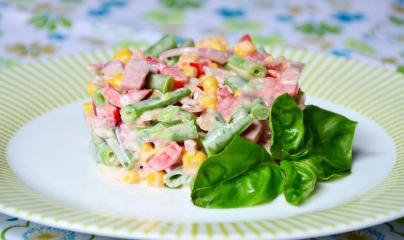 Салат с кукурузой и болгарским перцем рецепт с
