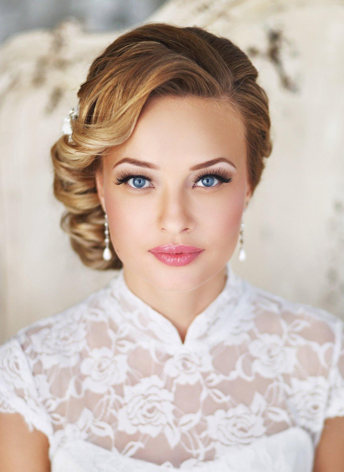 Прическа на каре на свадьбу