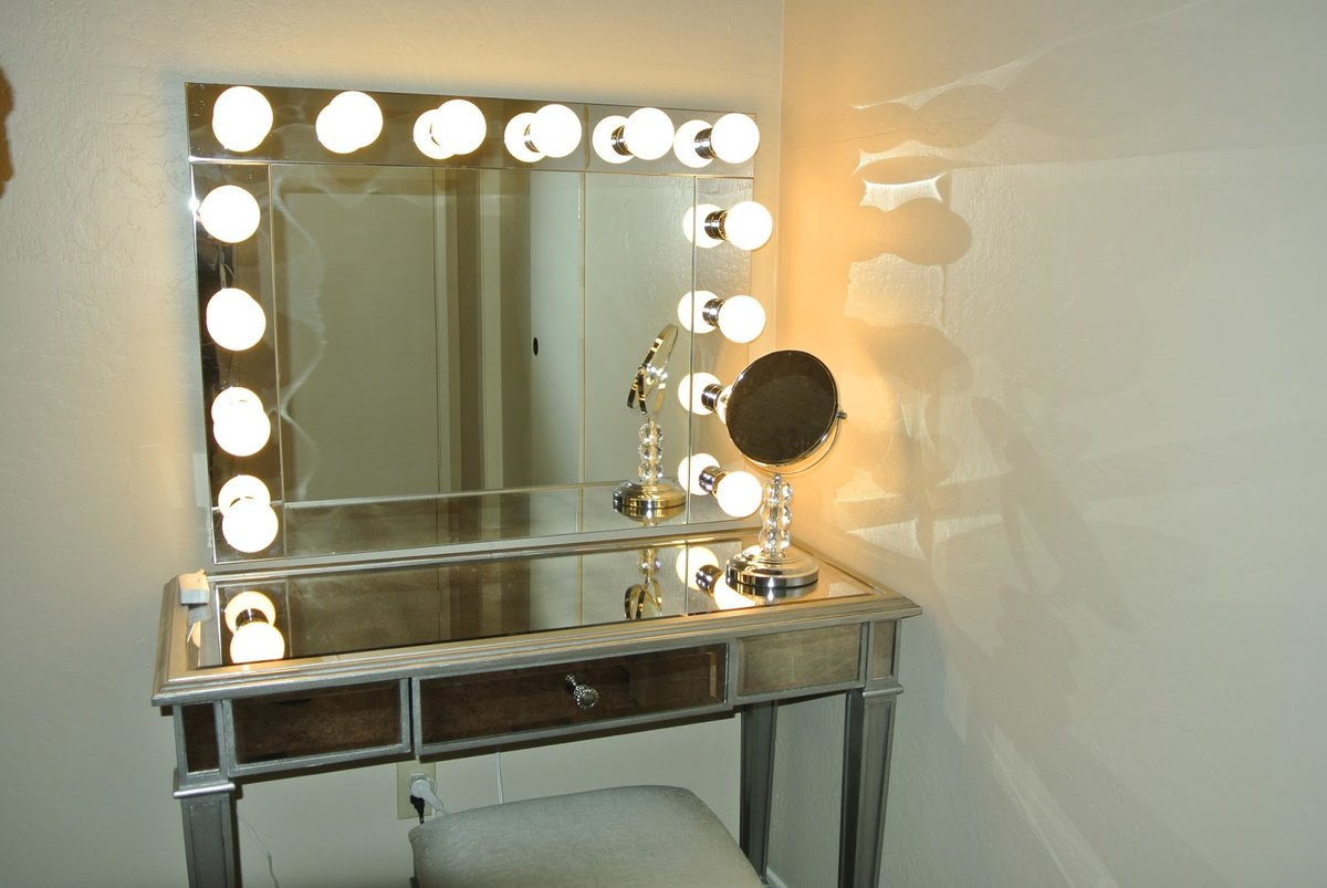 Зеркало в гримерку своими руками 352