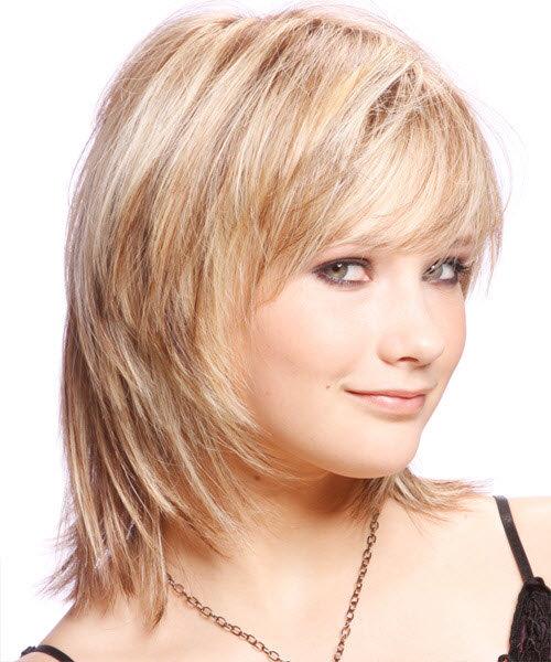 Прически волосы средней длины для круглого лица
