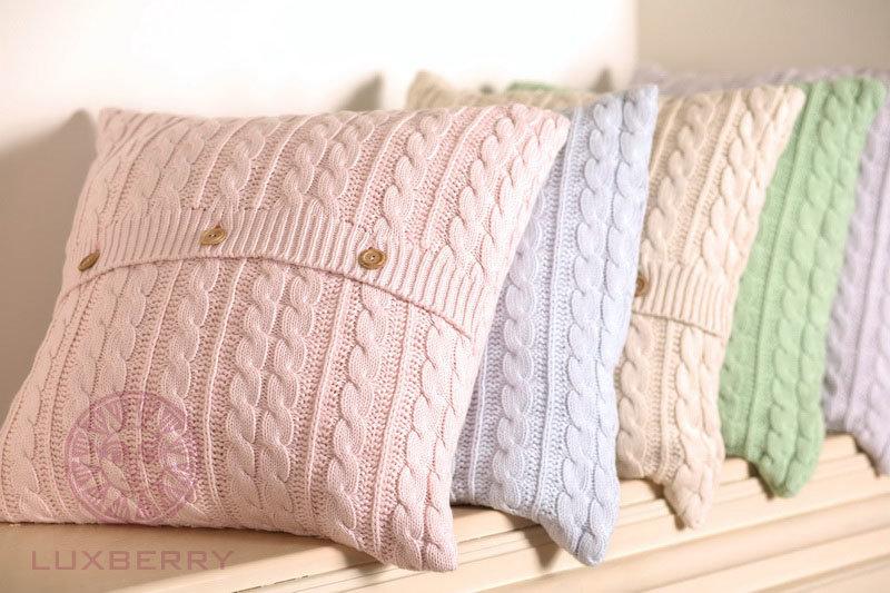 Подушки вязан спиц