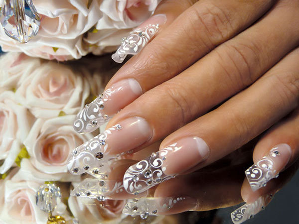 Простой свадебный дизайн ногтей