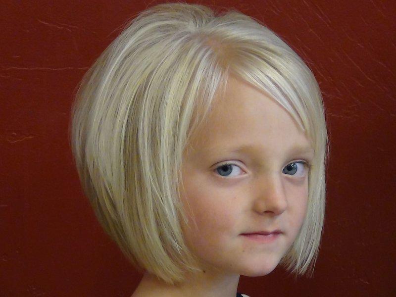 Фото стильных причесок для девочки