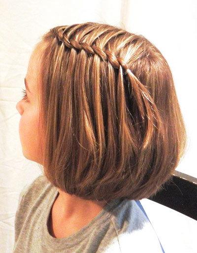 Прическа для коротких волос за 5 минут