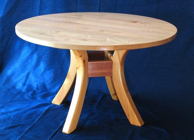 Круглый деревянный стол своими руками фото
