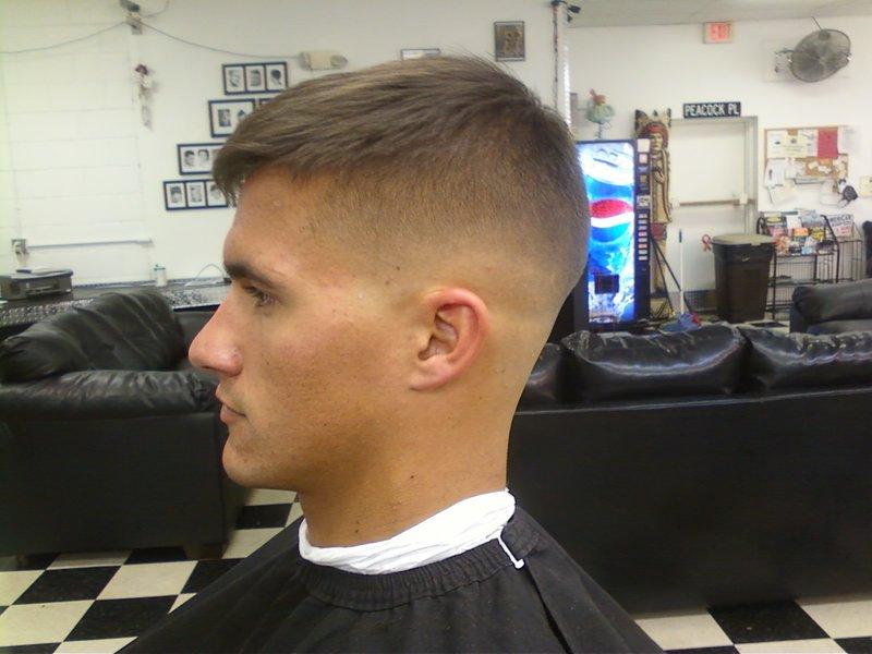 Mens low taper haircut