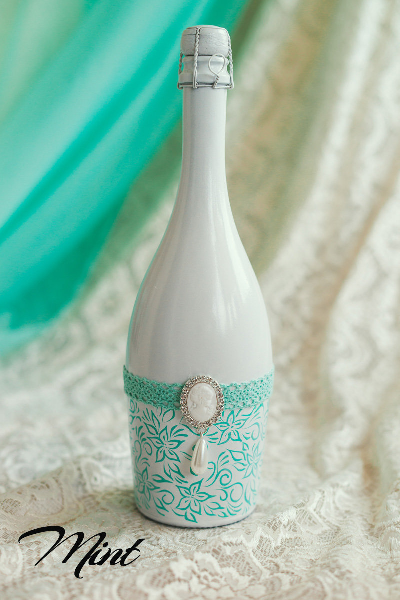 Какой краской покрасить бутылку шампанского на свадьбу