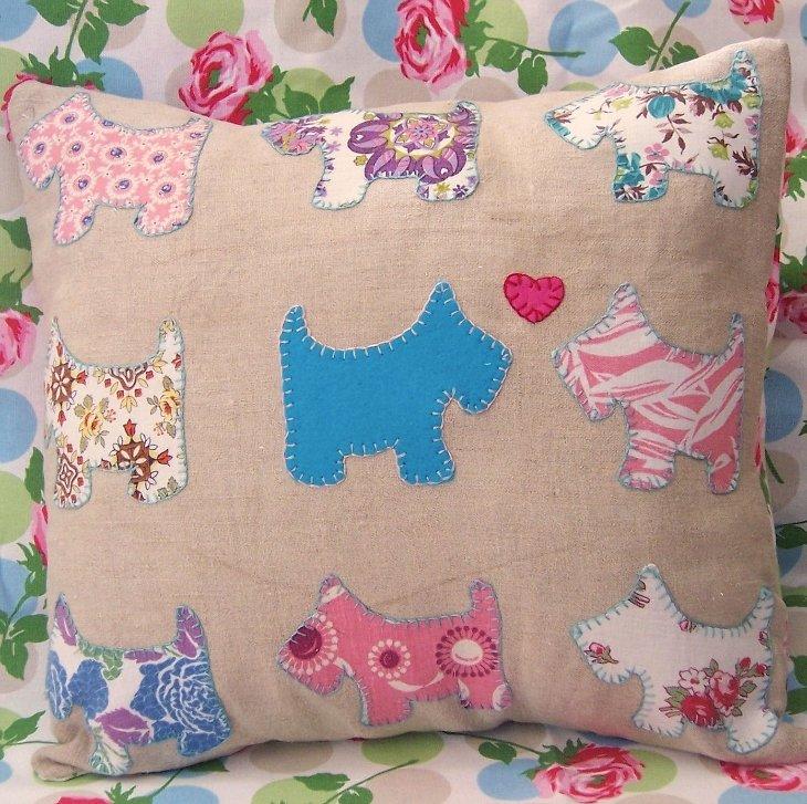 Декоративная детская подушка своими руками фото6