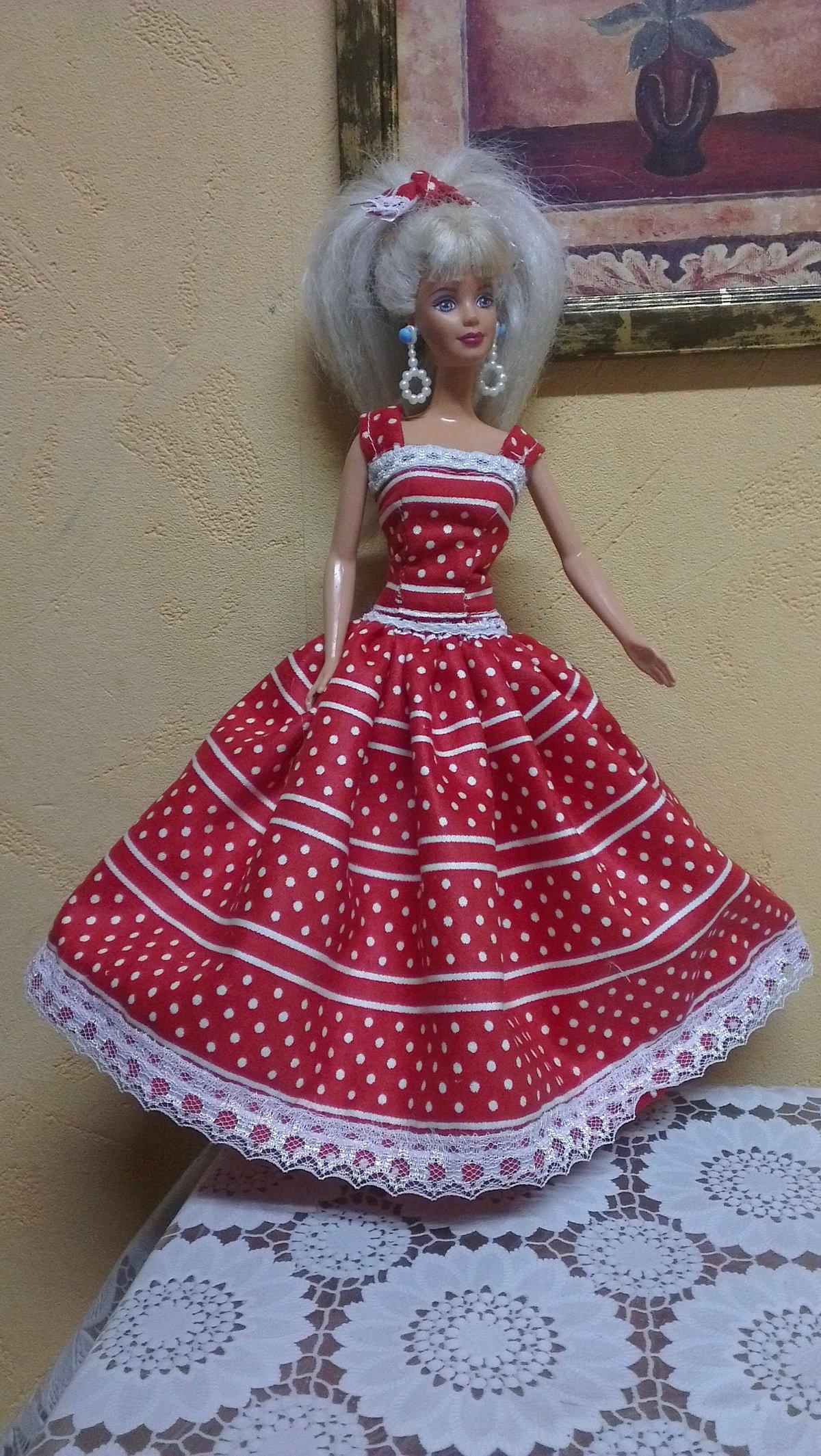 Пять нарядных платьев для Барби, шьём своими руками 61