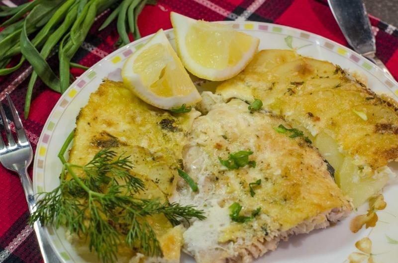 Рецепты горбуши запеченной в духовке с картошкой 52