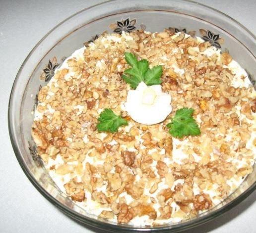 Салаты с грецким орехом и куриной грудкой рецепты с