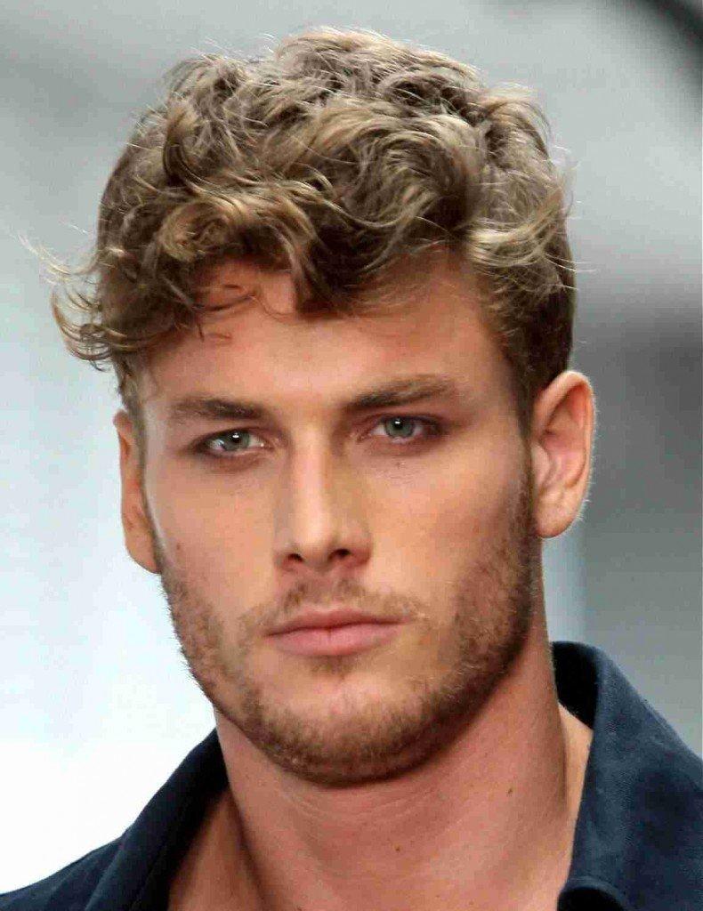 Мужская стрижка модельная на кудрявые волосы