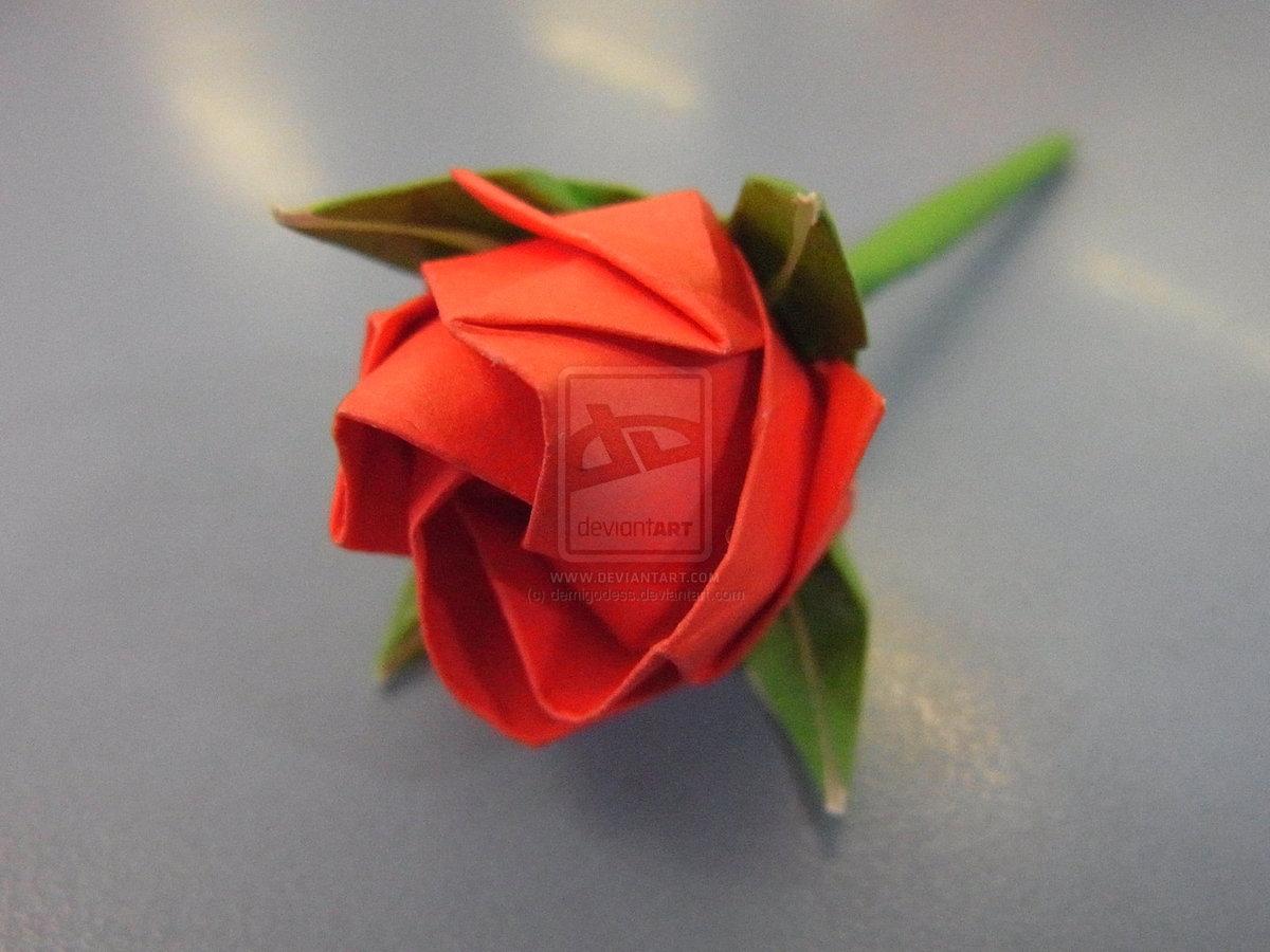 Большая роза из бумаги 40