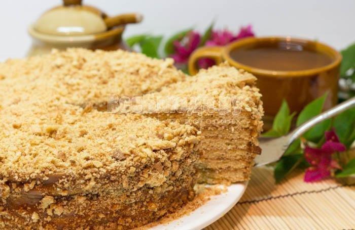 Торт медовый со сгущенкой пошаговый рецепт с фото