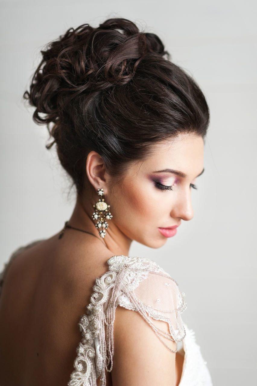 Высокая прическа на свадьбу