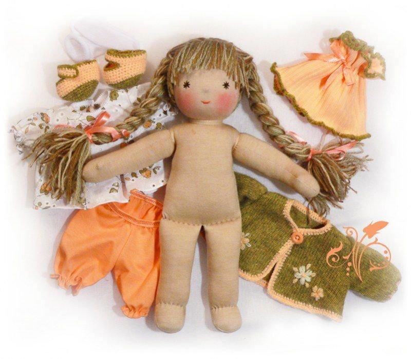 Сшитые из ткани куклы