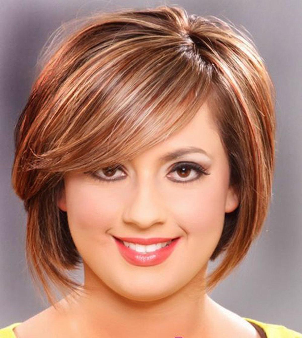 Стрижка для круглого лица и тонких волос фото с челкой