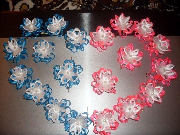 Цветочки на свадьбу для гостей своими руками 61