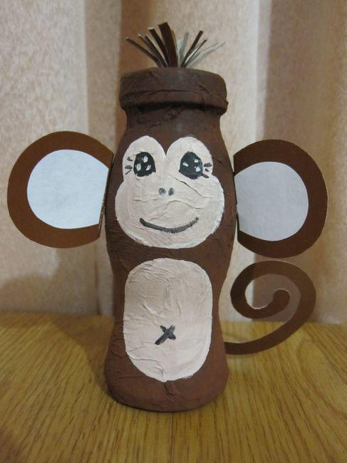 Поделки из бутылок обезьянка