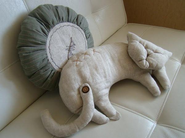 Как самой сшить диванную подушку - Секрет мастера