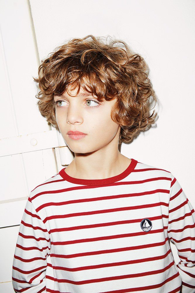 Модные стрижки для мальчиков для кудрявых волос