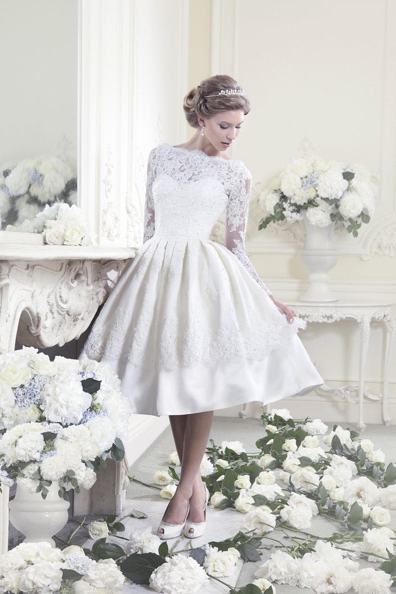 Короткие пышные свадебные платья