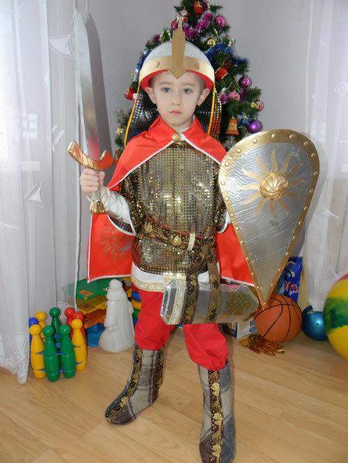 Новогодний костюм богатыря своими руками с фото