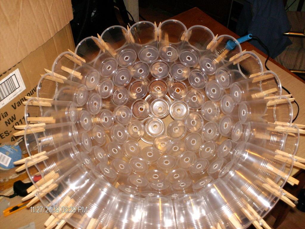 Светильник своими руками из стаканчиков