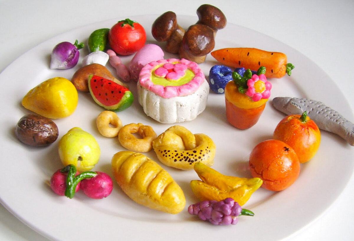 Фото поделки из пластилина еда