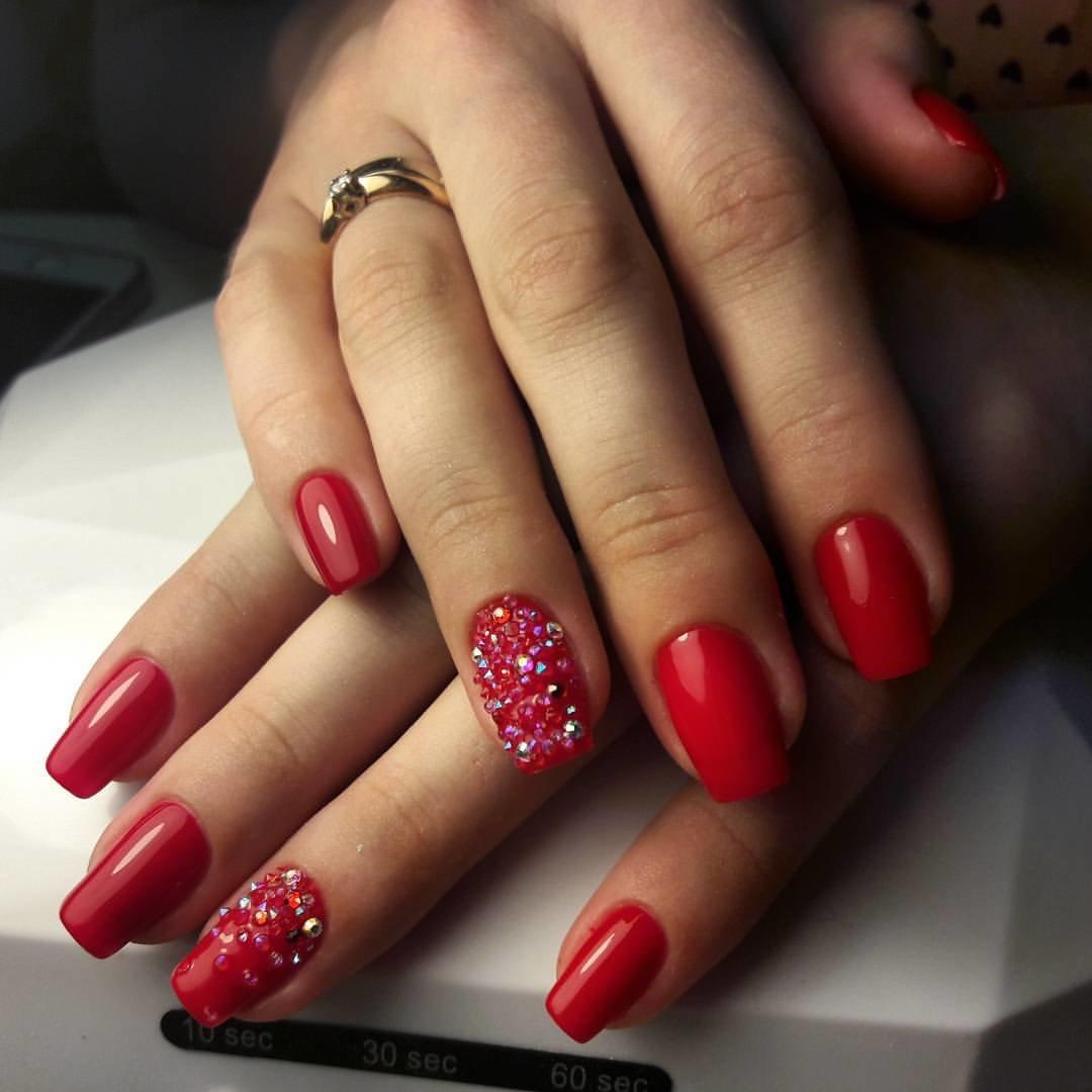 Красный Маникюр На Острые Ногти С Дизайном