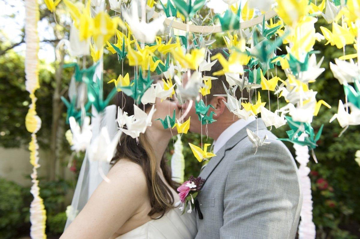 70Сделать реквизит для свадебной фотосессии