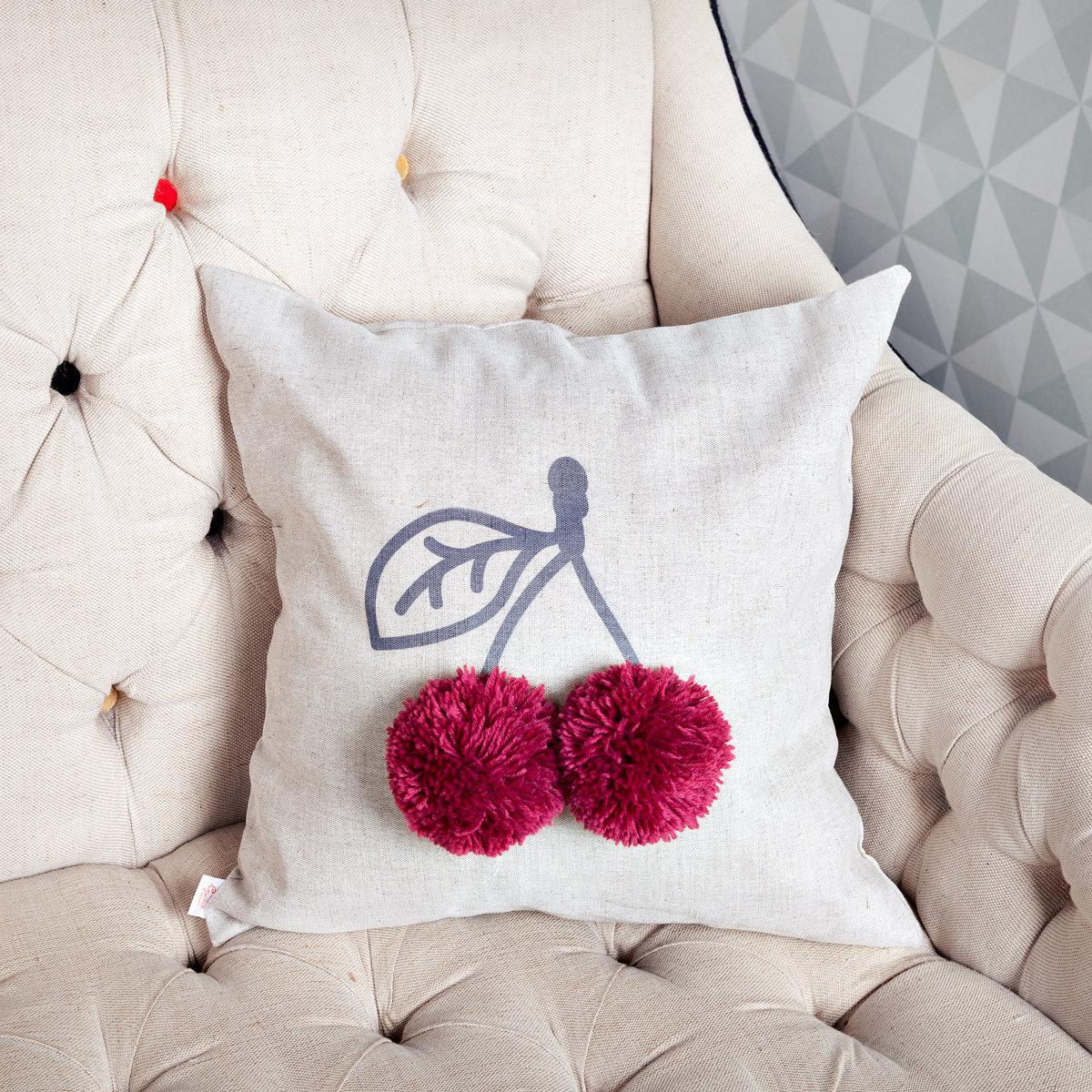 Как украсить подушку своими руками фото
