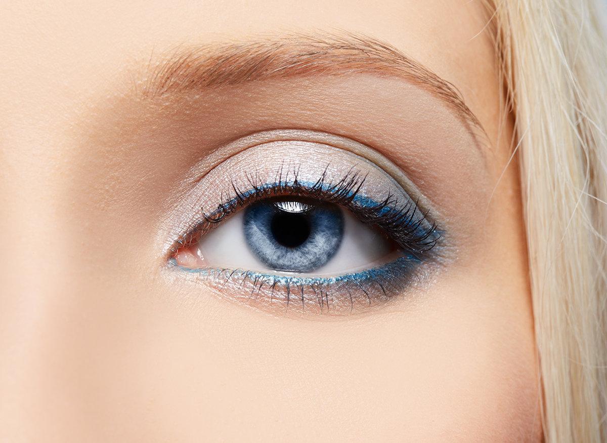 Макияж для увеличения глаз карандашом