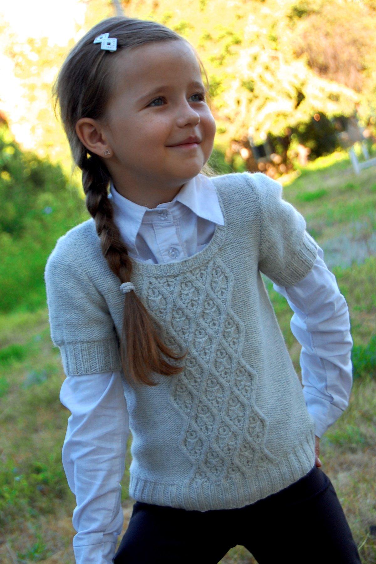 Вязание на спицах жилет для девочек 185