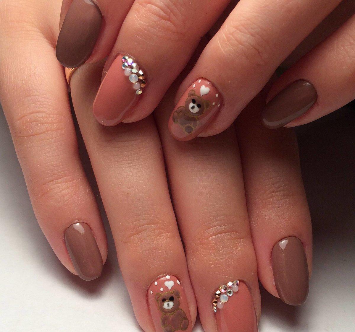 Дизайны ногтей бежевого цвета фото